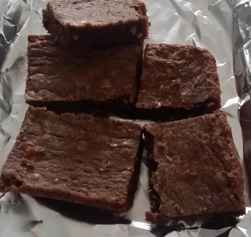 Gert's Fantastic Brownies | http://juliesaffrin.com